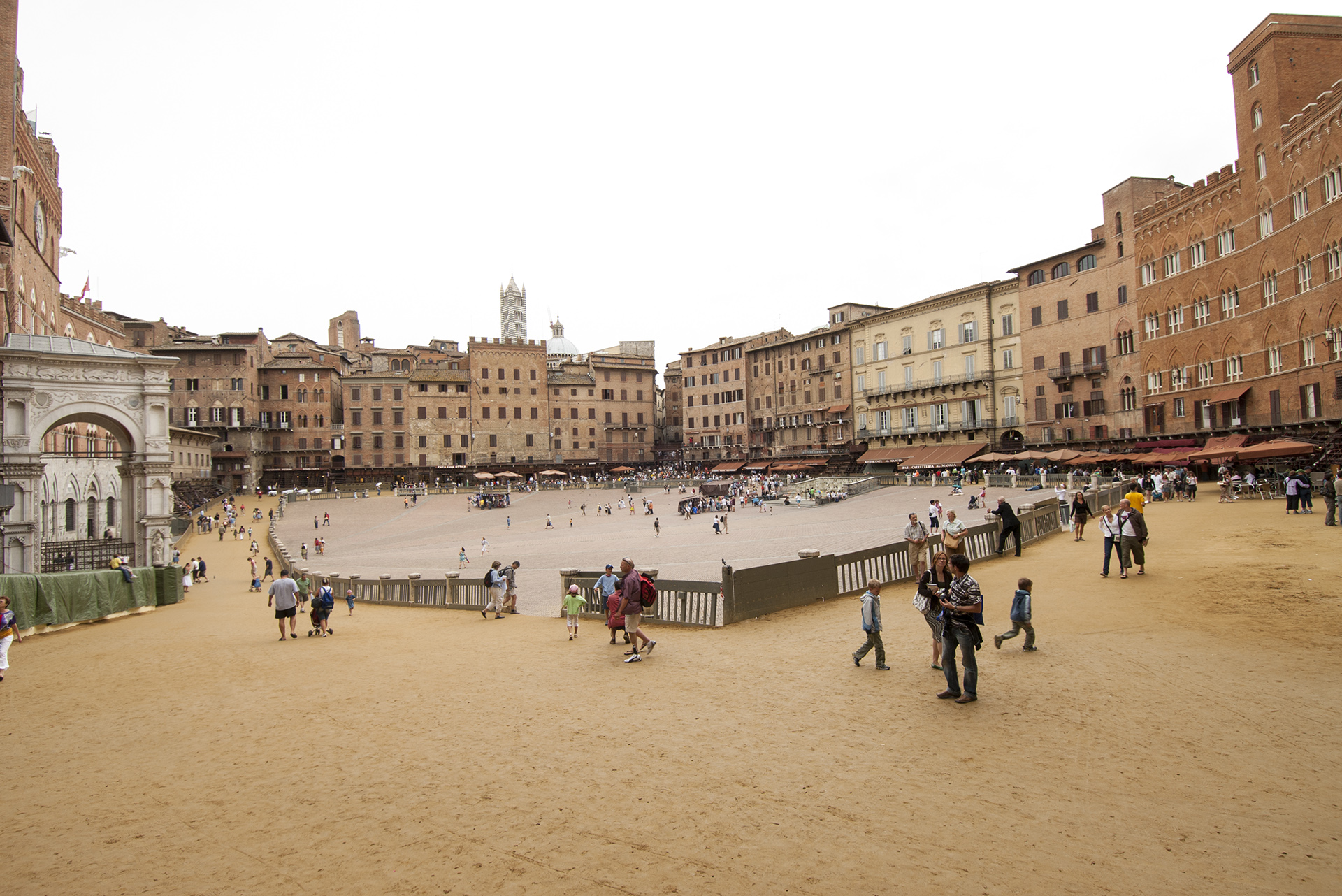 piazza palio siena